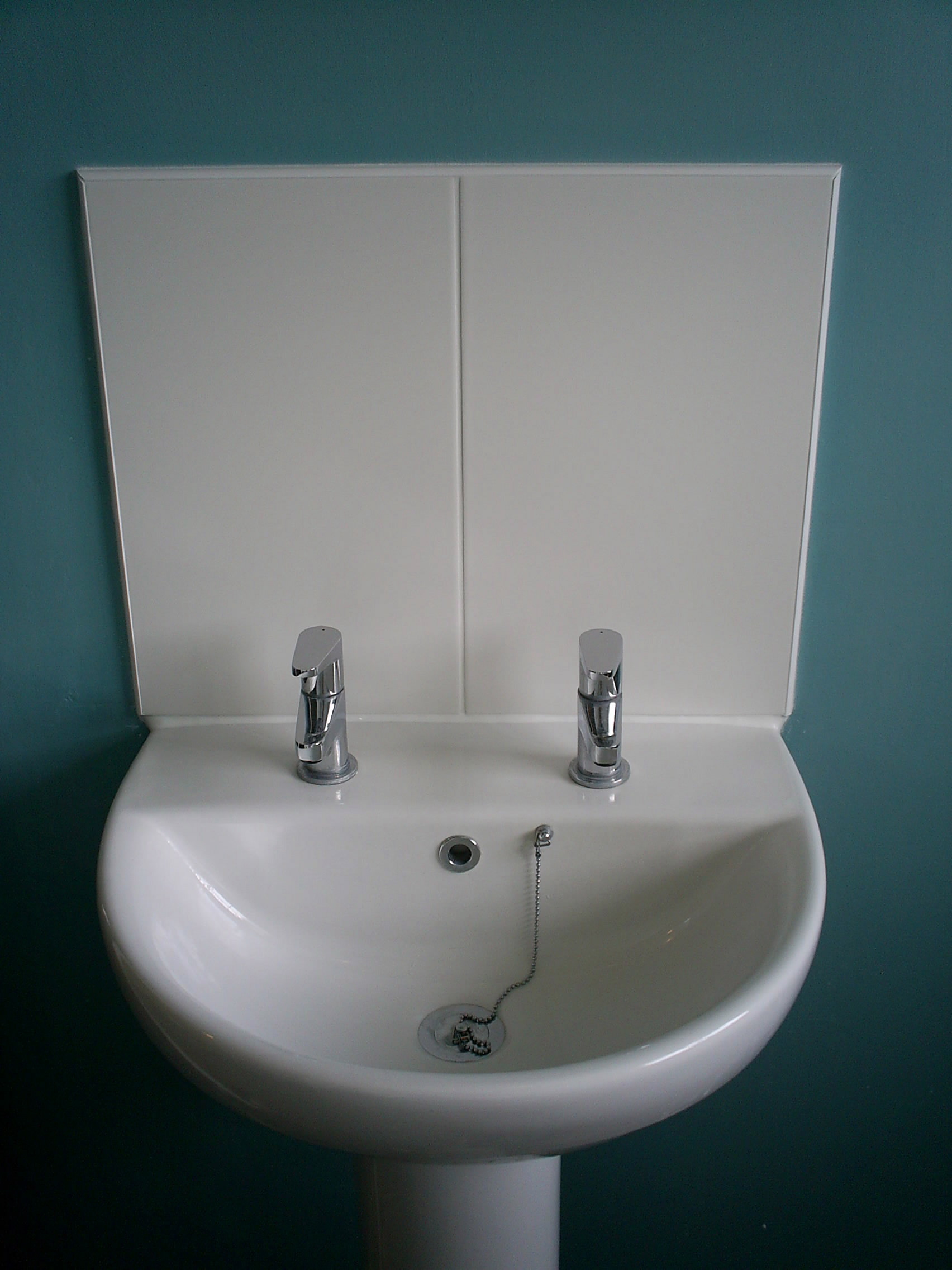 Bon Bathroom Sink Splash Back.